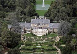 oprahs-mansion1.jpg
